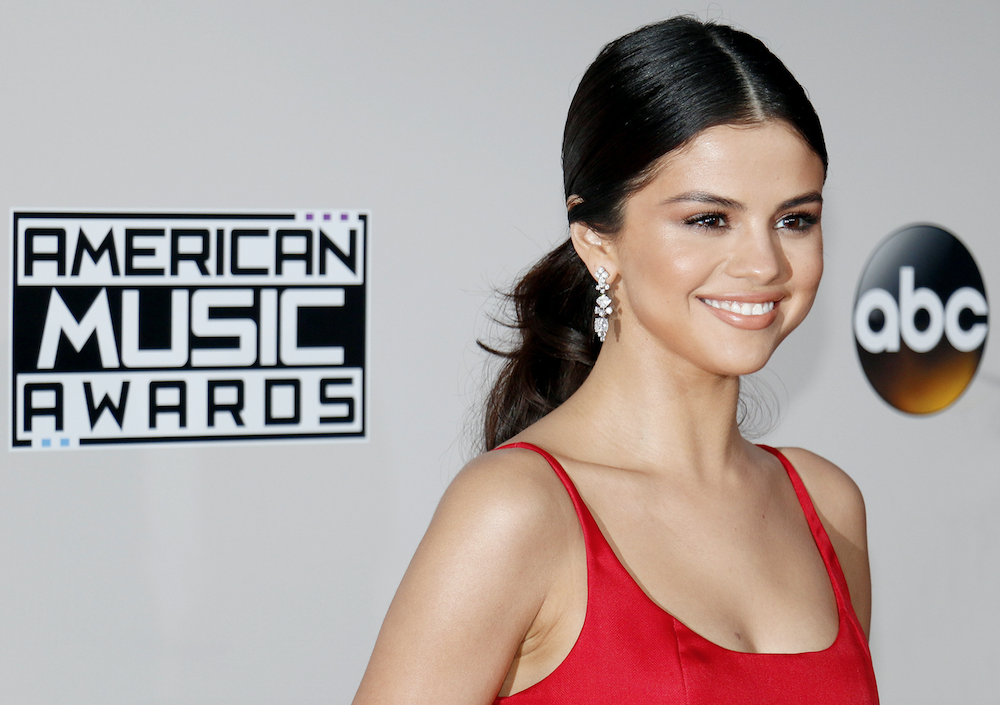 What Is Selena Gomez's Net Worth? Here's How Rich This Pop ...